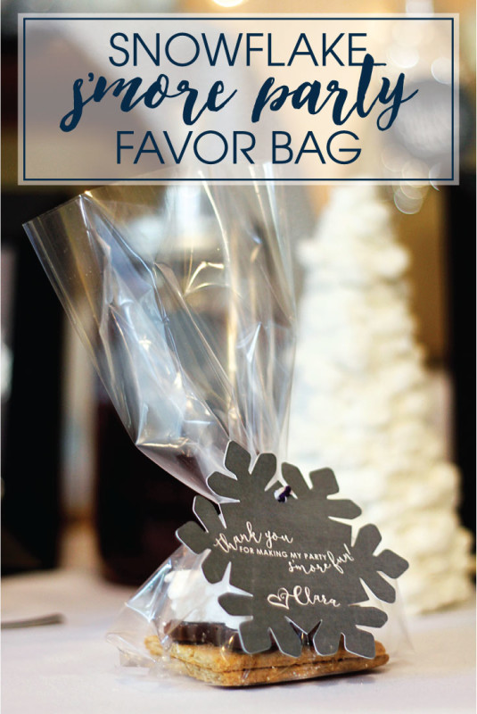 Snowflake S'more Party Favor Bag. Create these s'more party favors perfect for your next Winter themed party!