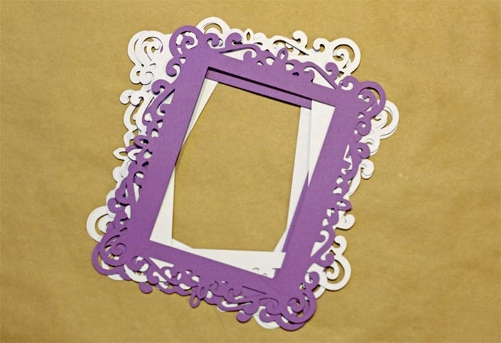 make these simple whimsical picture frames using your silhouette cameo for your next party picture display