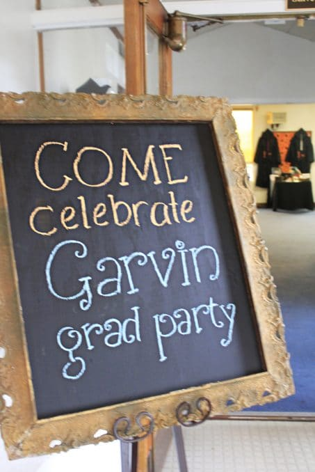 Check this out for many creative college graduation party ideas full of DIY projects and graduation party dessert ideas. Make a simply welcome sign using an old frame and wood painted with chalkboard paint.