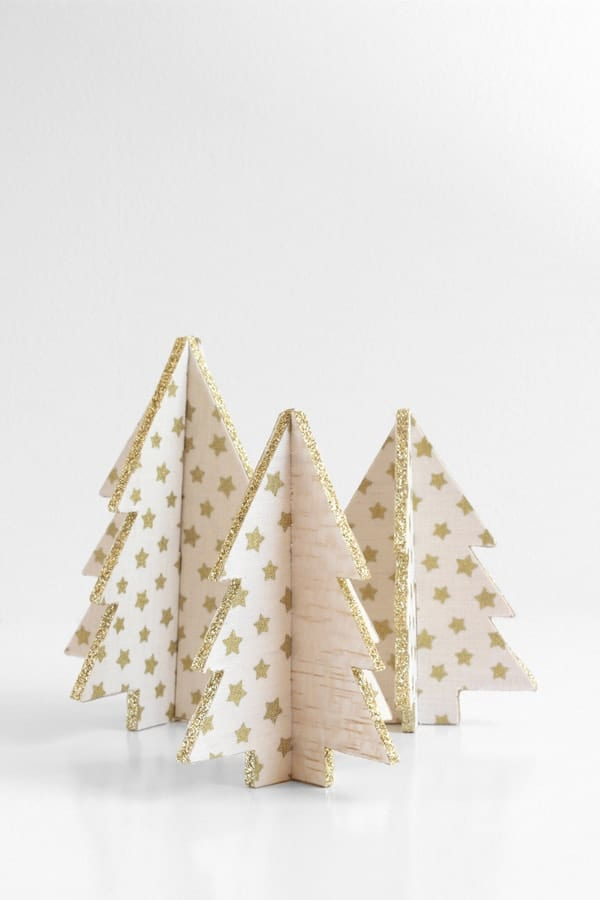 Cardboard mini Christmas trees image.