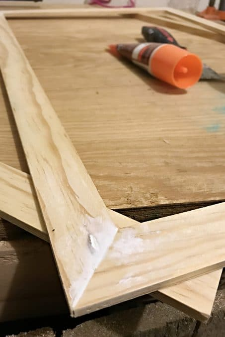 How To Build An Easy Custom Size Picture Frame