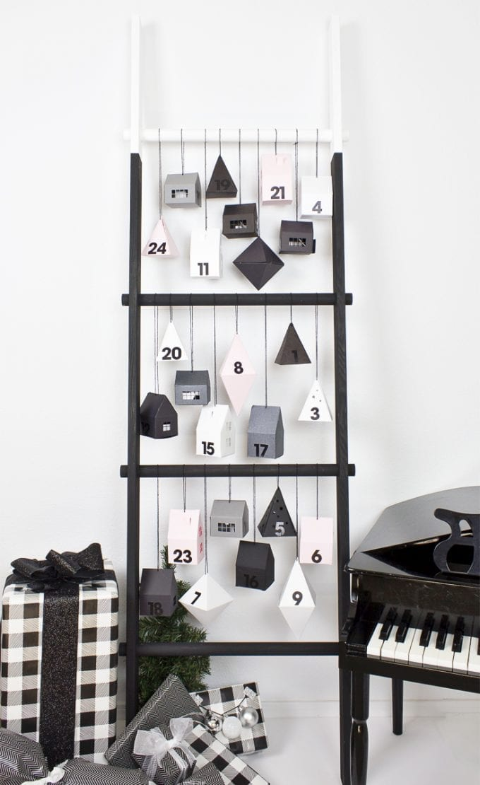 Beautiful modern advent calendar image.