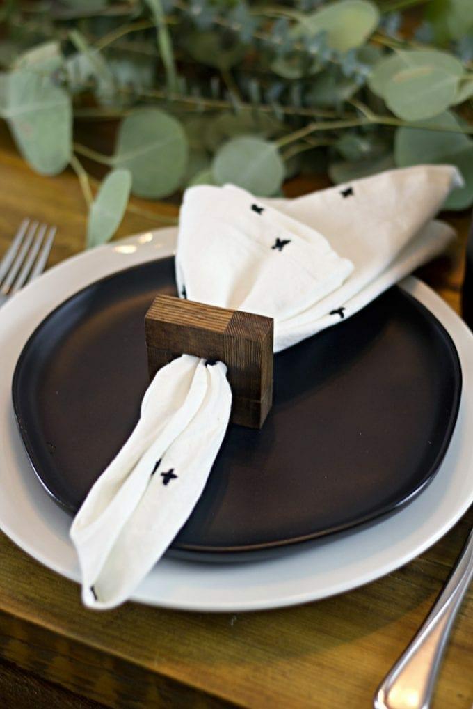 DIY napkin ring image.