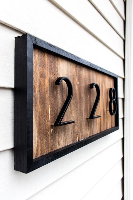 Image of modern house number sign
