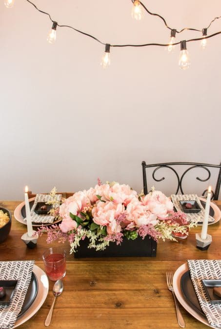 Valentine's Dinner decor image