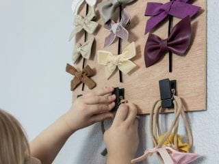 How to Make a Simple Hair Bow Holder